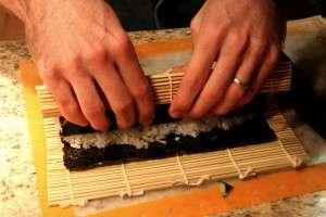 homemade sushi roll3