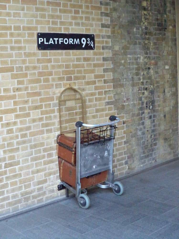 London - Platform 9.34