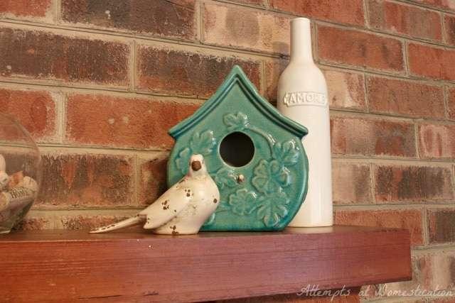 Birdhouse spring mantel