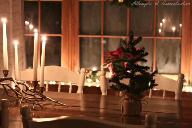 Dining room candlelight