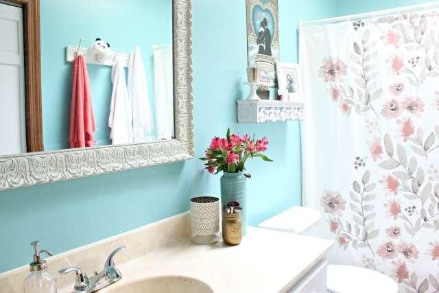 girly bathroom