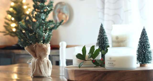 Scents of the Holidays with Chesapeake Bay Candle