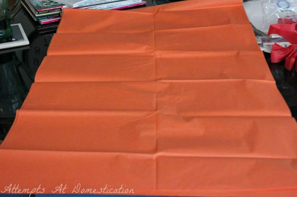 tissue paper pompom tutorial-step1