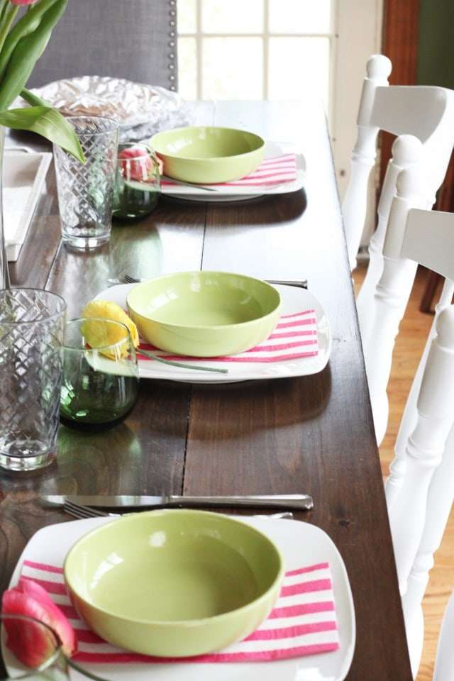 Pink, green and yellow decor