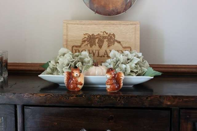 fall-dining-room-vignette