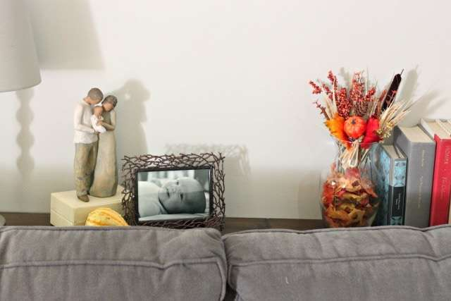 sofa-table-fall-vignette